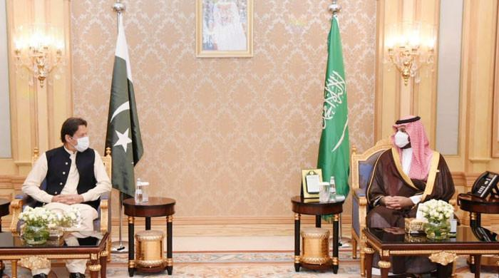 In meeting with Saudi crown prince, PM Imran reaffirms commitment to safeguard Riyadh's territorial integrity